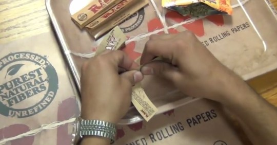 guide to rolling a joint